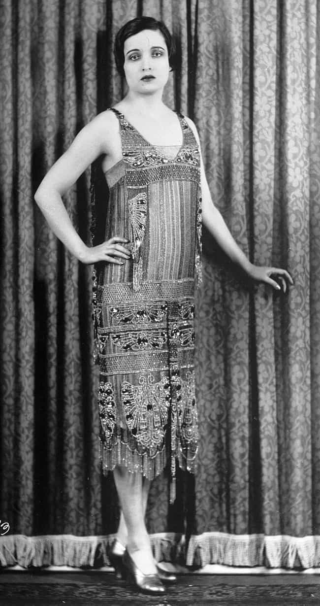 Flapper Dresses Enabled The Mi... is listed (or ranked) 1 on the list Here's What The Ideal Beauty Standards For Men And Women In The 1920s Looked Like