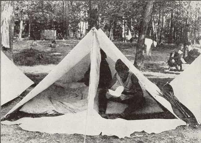 Les garçons ont manqué pendant T ... est énuméré (ou classé) 2 sur la liste Les habitants disent cette plantation de la Virginie est hanté par six scouts assassinés