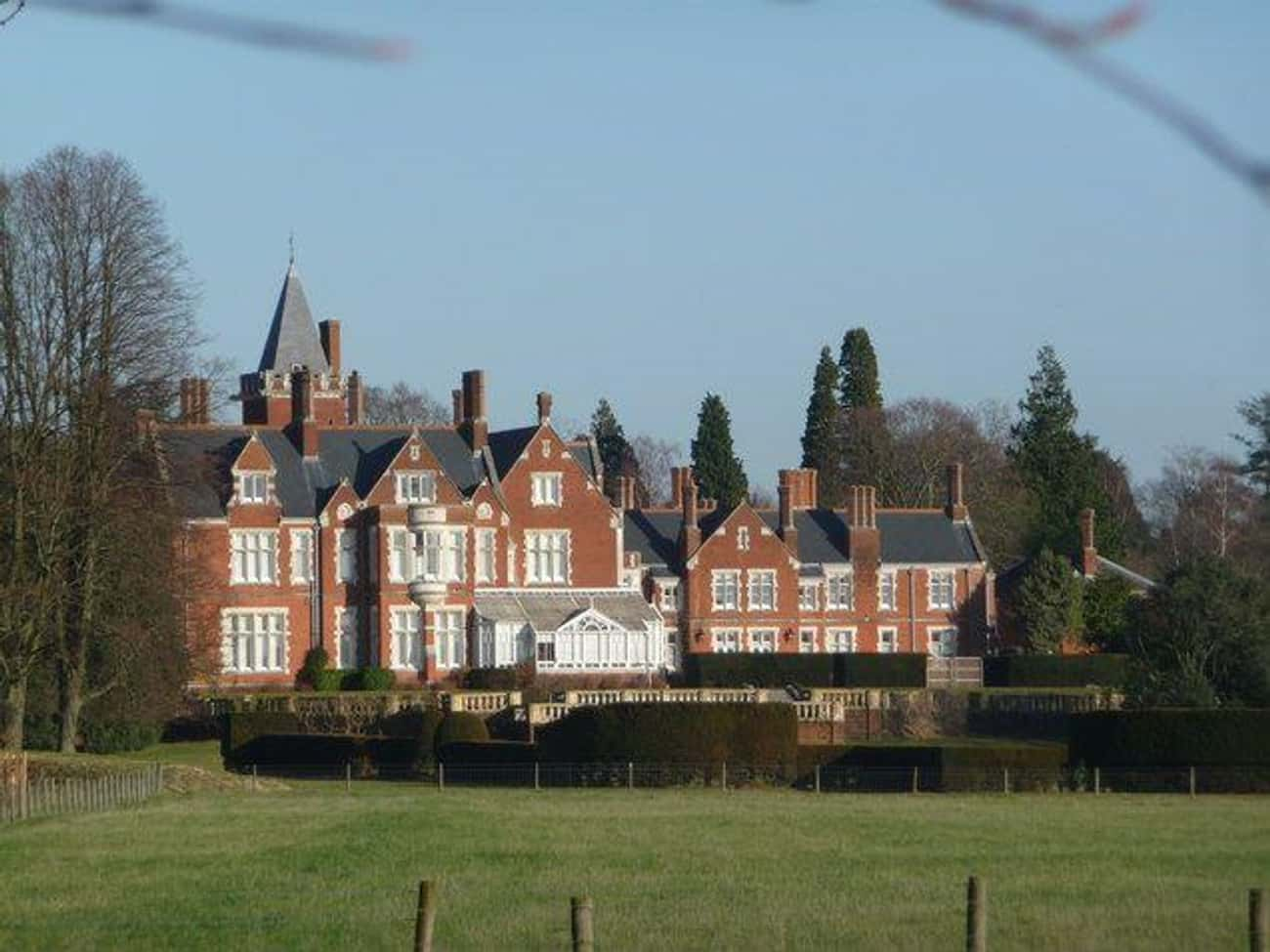 Bagshot Park is listed (or ranked) 4 on the list The Outrageous Amounts Of Money It Costs To Run The Royal Estates