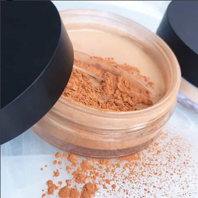 Always Use Powder If Pho... is listed (or ranked) 8 on the list Makeup Tips You Only Learn In Beauty School