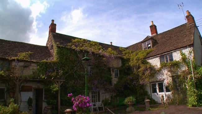 The Inn Is Haunted By 20 Ghost... is listed (or ranked) 3 on the list Welcome To The Ancient Ram, Known As Britain's Most Haunted Inn