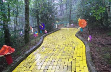 Land Of Oz Once Attracted 400, is listed (or ranked) 1 on the list Land Of Oz Is The Creepy, Once-Abandoned Theme Park That Opens Once A Year For Anyone Who Dares