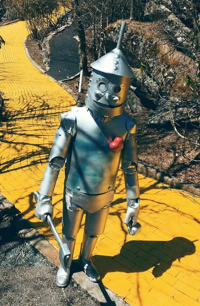 A 1975 Fire Destroyed Th... is listed (or ranked) 4 on the list Land Of Oz Is The Creepy, Once-Abandoned Theme Park That Opens Once A Year For Anyone Who Dares