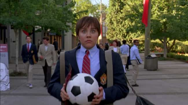 Amanda Bynes Somehow Passes For A Soccer Jock In 'She's The Man'