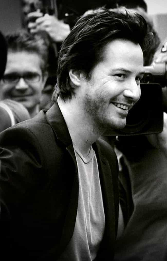 He Gave One Fan Suggesti... is listed (or ranked) 4 on the list People Shared Their Experiences Meeting Keanu Reeves, And He's Just A Delight