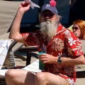 Aloha, Robertsons! is listed (or ranked) 6 on the list The Best Episodes of Duck Dynasty