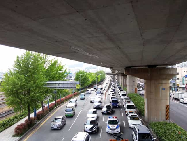 When There's A Break In ... is listed (or ranked) 3 on the list How Do Traffic Jams Work?