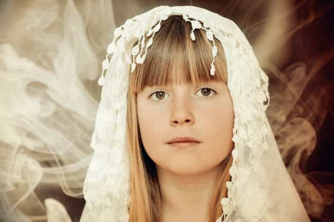 Children Can't Sign Thei... is listed (or ranked) 2 on the list Child Marriage Is Still Legal In Half Of US States, And This Tragic Underaged Bride Is Proof