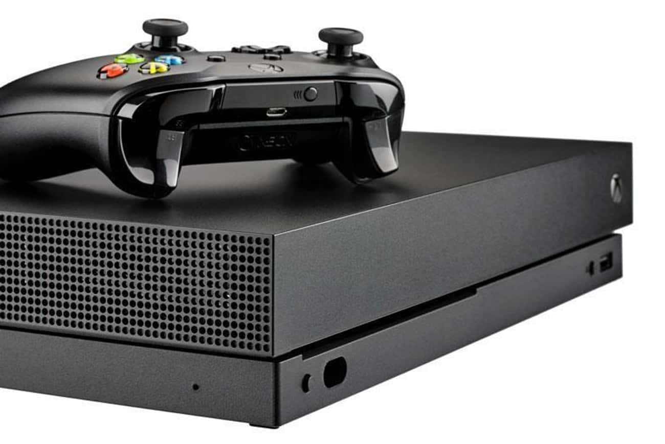 Xbox One Plays 4K Blu-Rays is listed (or ranked) 3 on the list 15 Reasons You Should Choose the Xbox