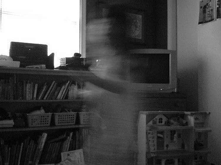 Capture Spirits On Film In The Picture Game
