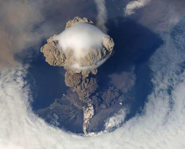 Volcanic Eruption is listed (or ranked) 4 on the list Worried About The Apocalypse? Here's What You Need To Know To Survive These 14 Likely Scenarios