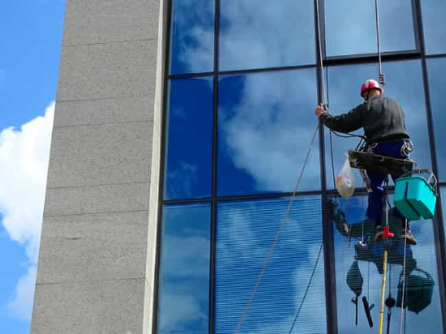 Window Washer is listed (or ranked) 4 on the list The Toughest Service Industry Jobs