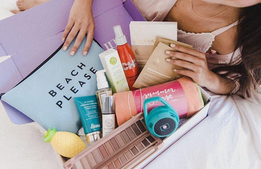 Random Best Subscription Boxes for Women