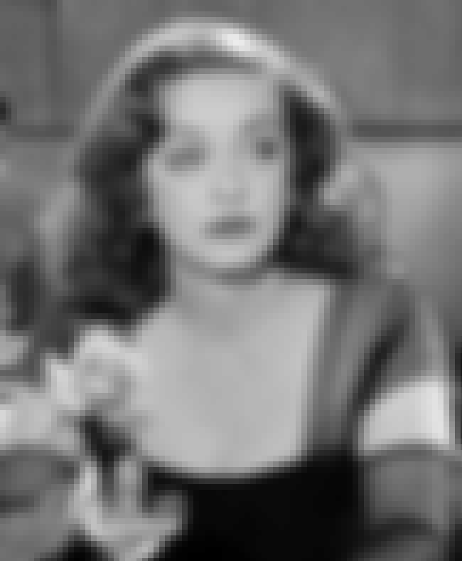 Davis Insulted Crawford's ... is listed (or ranked) 4 on the list Why Did Bette Davis And Joan Crawford Have A Legendary Feud?