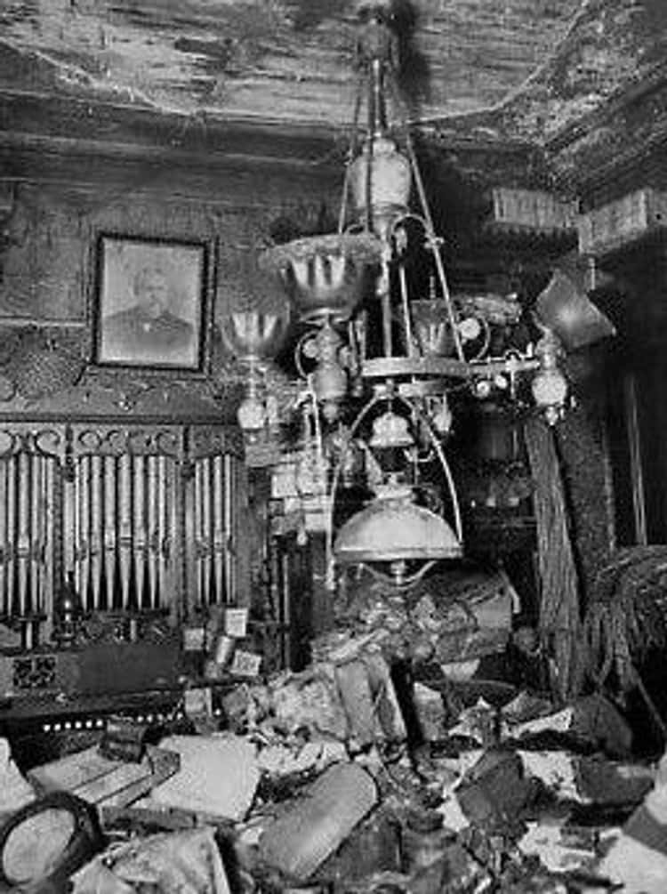 The Collyer Brothers Were Killed By Their Hoarded Items