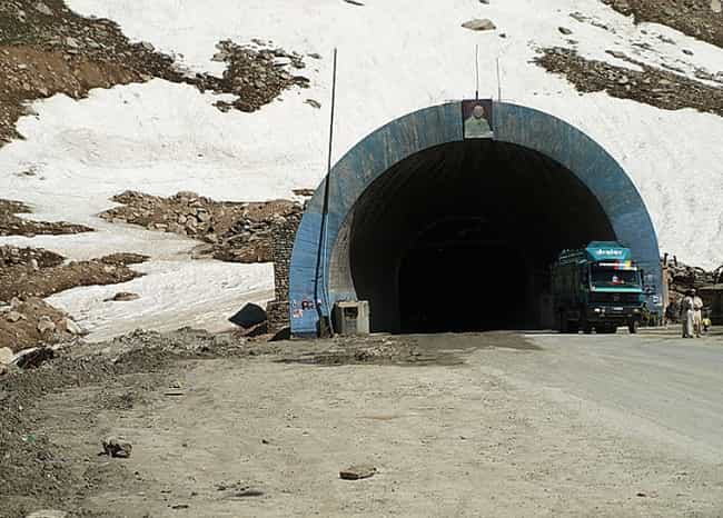 1982 Salang Tunnel Fire is listed (or ranked) 1 on the list The Worst Car Crashes In History