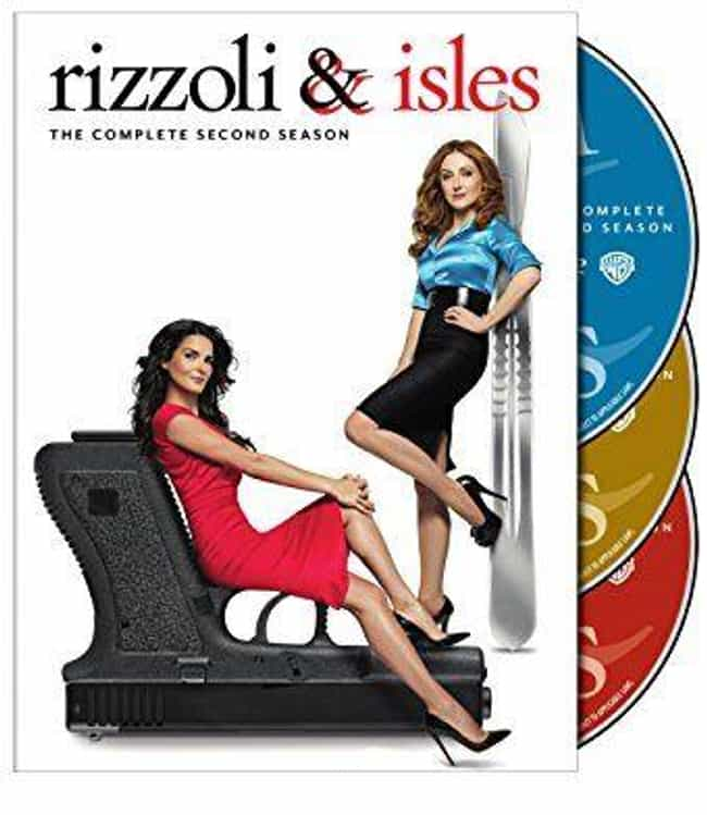 Rizzoli & Isles Season 2 is listed (or ranked) 2 on the list The Best Seasons of Rizzoli & Isles