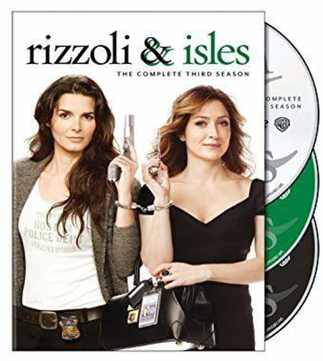 Rizzoli & Isles Season 3 is listed (or ranked) 3 on the list The Best Seasons of Rizzoli & Isles