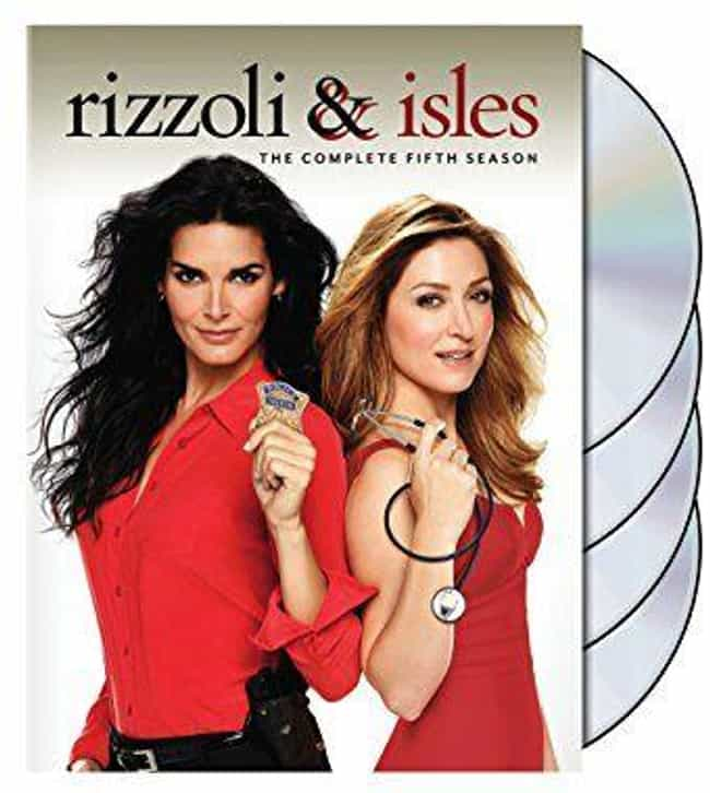 Rizzoli & Isles Season 5 is listed (or ranked) 4 on the list The Best Seasons of Rizzoli & Isles