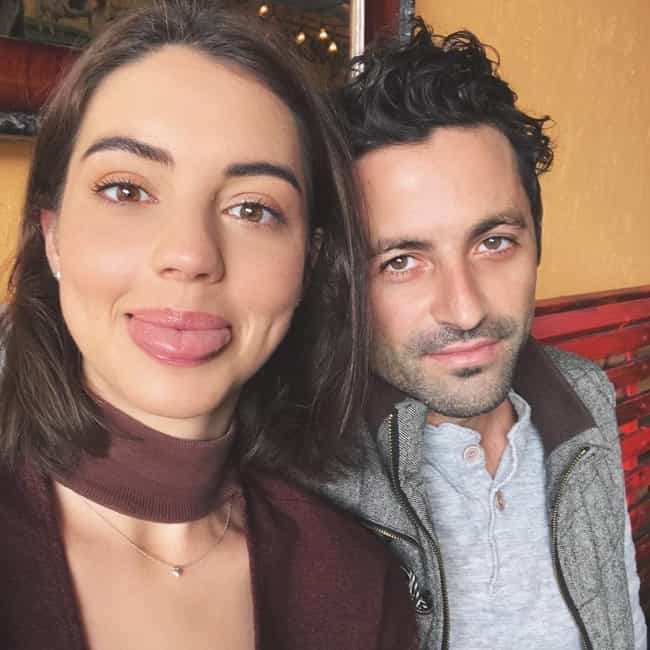 Adelaide Kane with desirable, Boyfriend Joey Pauline