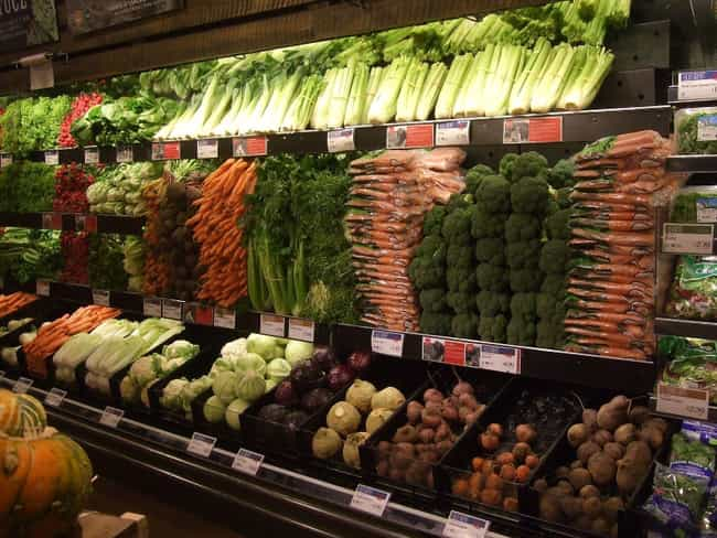 Buy Produce On Weekends is listed (or ranked) 4 on the list Whole Foods Hacks