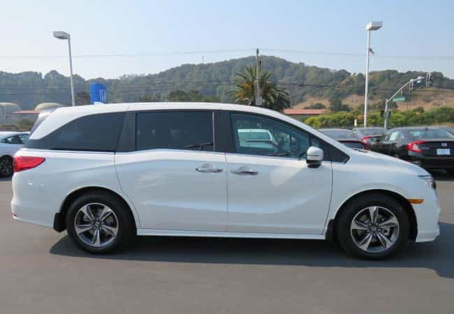 Honda Odyssey Touring is listed (or ranked) 4 on the list List of Popular Honda Minivans