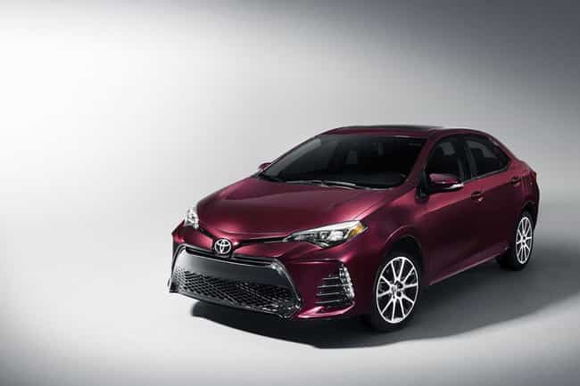 Toyota Corolla SE is listed (or ranked) 2 on the list List of Popular Toyota Sedans