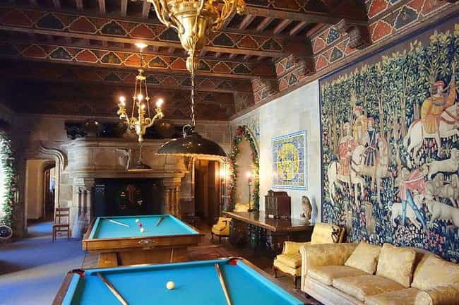 Hearst Castle Managed To... is listed (or ranked) 1 on the list The Golden Age, History, And Secrets Of Hearst Castle, Hollywood's Party Pad