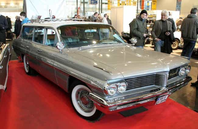 Pontiac Parisienne Safari Wago... is listed (or ranked) 4 on the list List of Popular Pontiac Station Wagons