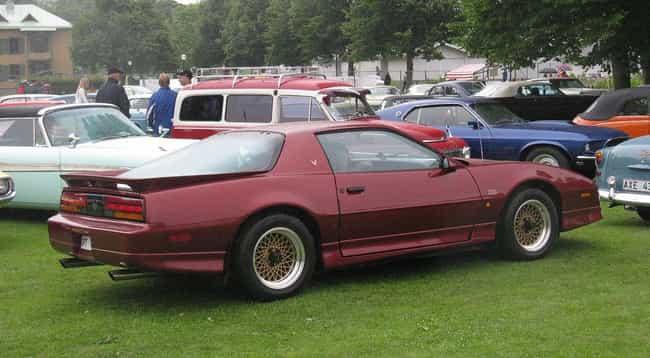 Pontiac Firebird Trans A... is listed (or ranked) 2 on the list List of Popular Pontiac Hatchbacks