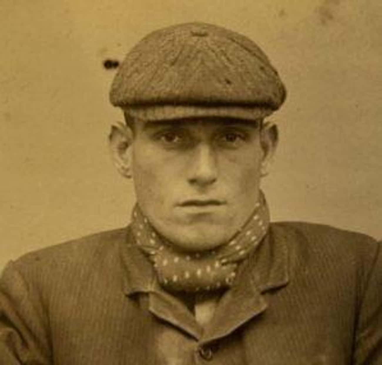 A Signature Cap Helped The Peaky Blinders