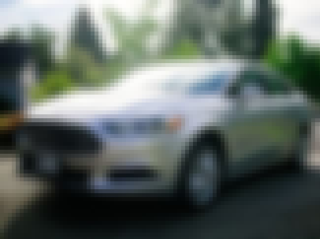 Ford Fusion SE is listed (or ranked) 3 on the list List of Popular Ford Sedans