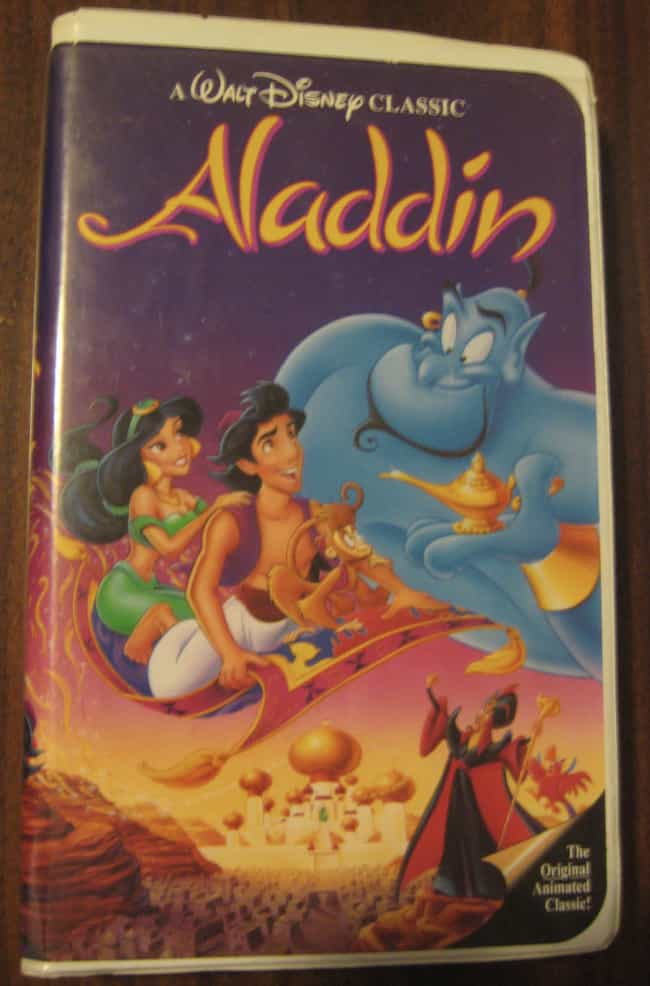 El VHS De 'Aladdin' De... is listed (or ranked) 4 on the list Coleccionables De Los Noventa Que Botaste Que Ahora Valen Mucho
