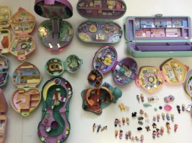 Polly Pockets is listed (or ranked) 1 on the list Coleccionables De Los Noventa Que Botaste Que Ahora Valen Mucho
