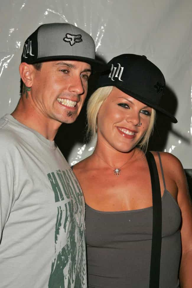 2004: They Reunited is listed (or ranked) 3 on the list A Complete Timeline Of P!nk And Carey Hart's Relationship