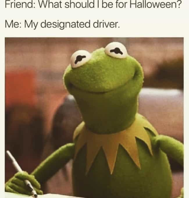 Last Minute Costume Idea is listed (or ranked) 4 on the list Hilarious Memes For People Who Are Way Too Into Halloween
