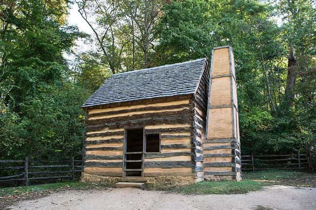 They Lived In Tiny Quarters Th... is listed (or ranked) 3 on the list What It Was Like To Be A Slave At George Washington's Mount Vernon