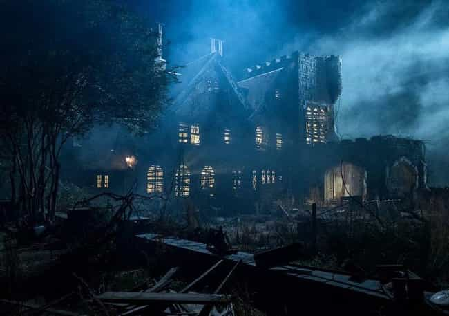 The House Is Real, And V... is listed (or ranked) 7 on the list Hidden Details And Behind-The-Scenes Tricks That Add Meaning To 'The Haunting of Hill House'