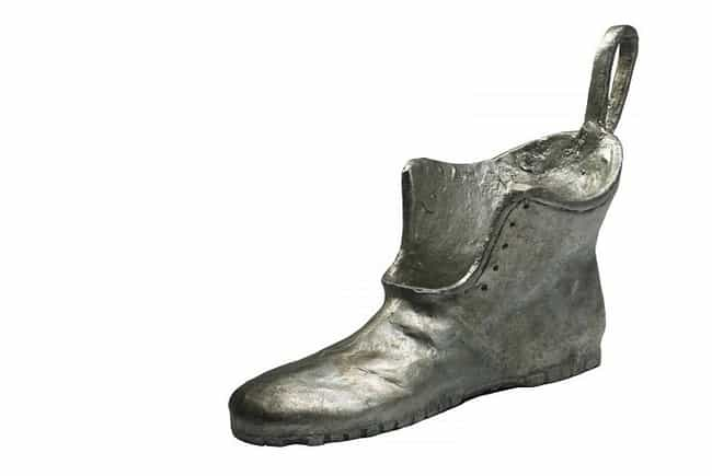 Boot is listed (or ranked) 3 on the list What Your Favorite Monopoly Piece Says About You