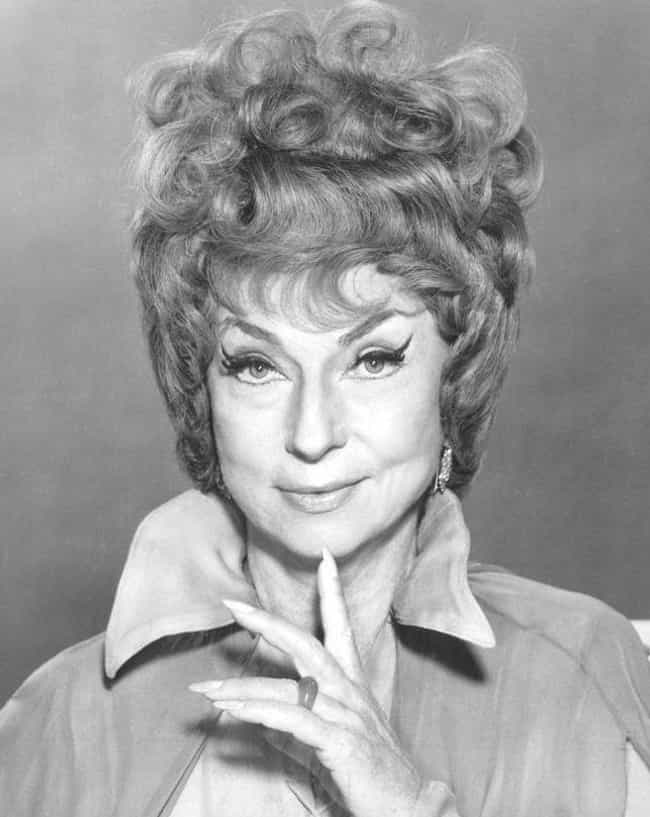 Agnes Moorehead Enjoyed Workin... is listed (or ranked) 3 on the list Behind-The-Scenes Stories Of 'Bewitched'