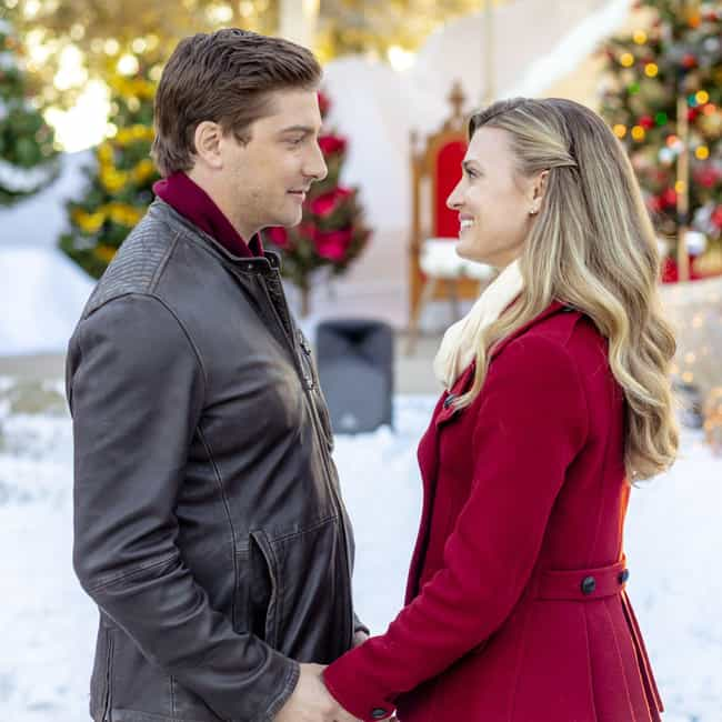 Christmas In Love is listed (or ranked) 1 on the list The Best Countdown to Christmas Hallmark Original Movies