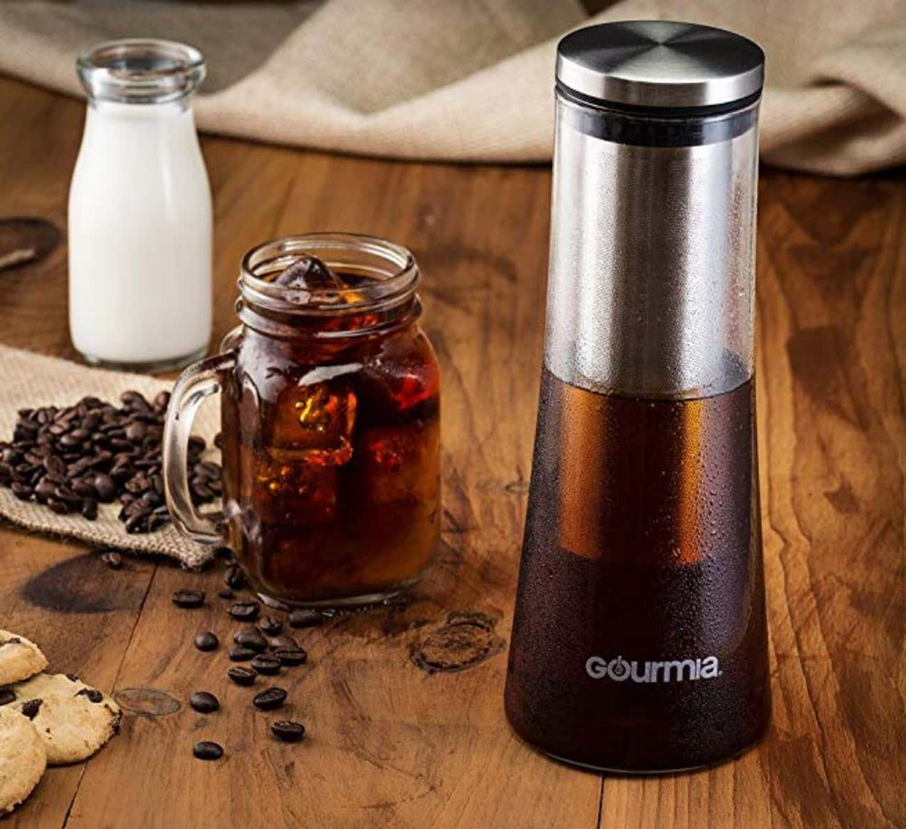 Cold Brew Coffee Maker is listed (or ranked) 2 on the list The Best Secret Santa Gifts