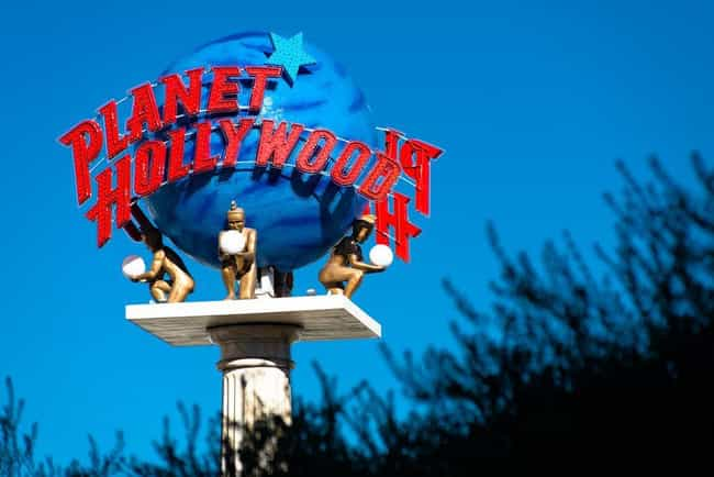 It Was Envisioned As Hollywood... is listed (or ranked) 1 on the list Planet Hollywood, A Restaurant Starring Bruce Willis And A Bunch Of Celebs, Was A $1 Billion Flop