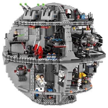 Death Star is listed (or ranked) 2 on the list The Best LEGO Sets Over 1,000 Pieces