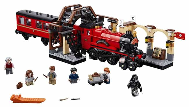 Hogwarts™ Express is listed (or ranked) 2 on the list The Best Harry Potter LEGO Sets