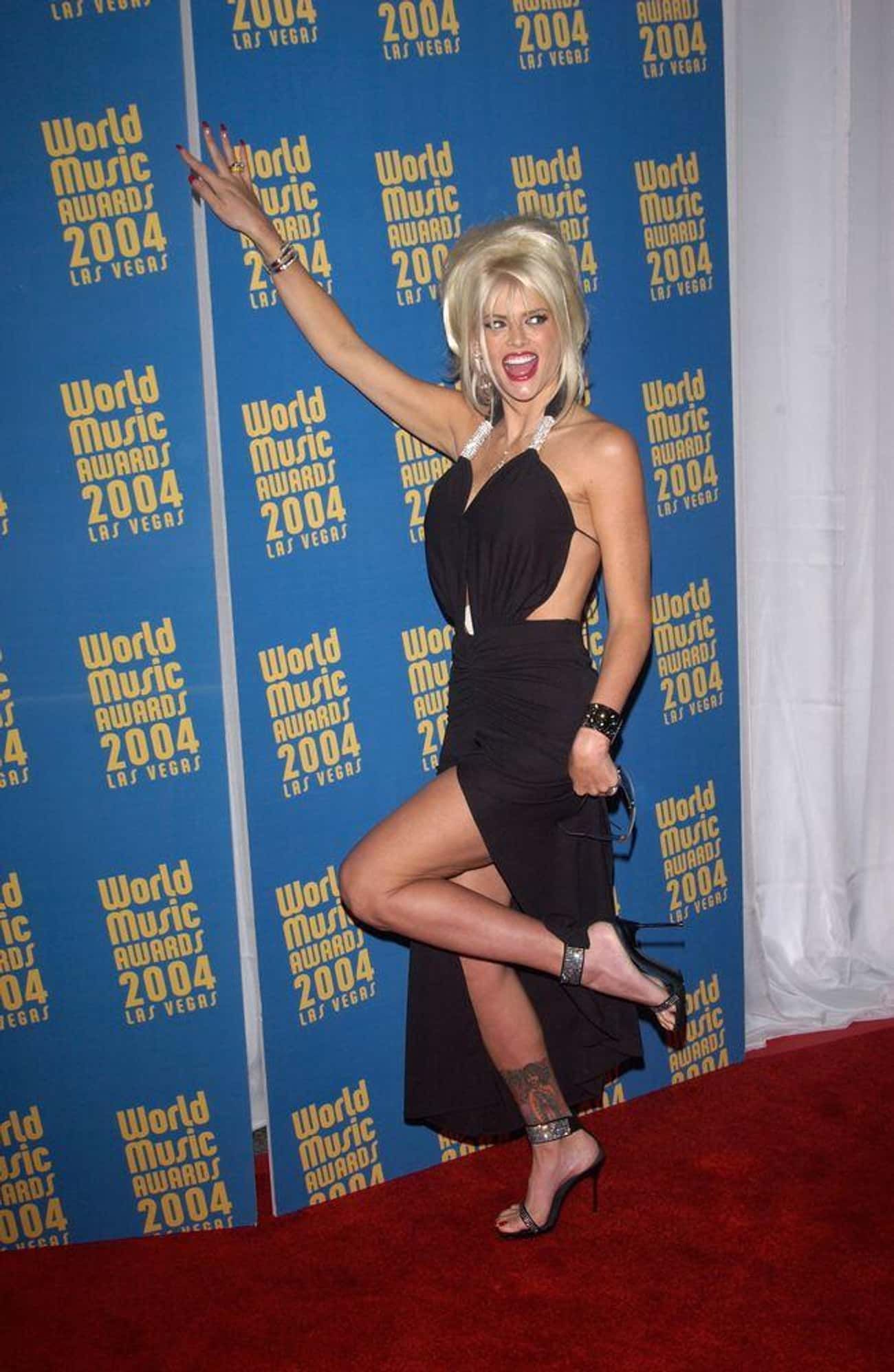 The Legal Battle Over J. Howar is listed (or ranked) 4 on the list The Multi-Million Dollar Scandal That Drove The Media To Love To Hate Anna Nicole Smith