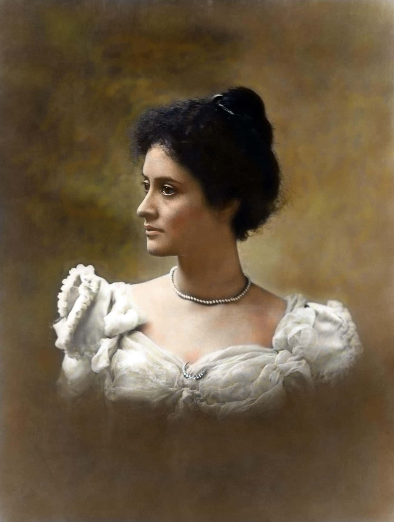 A Portrait Of Princess Ka'iula is listed (or ranked) 1 on the list Colorized Photos That Will Change How You See The Victorian Era