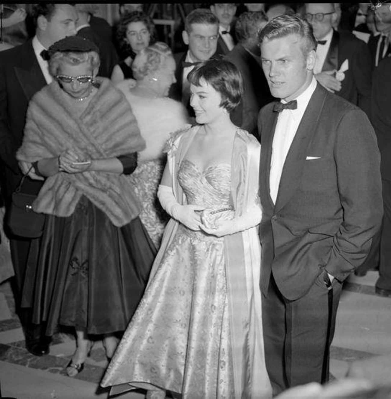 Natalie Wood And Tab Hunter, 1 is listed (or ranked) 3 on the list How Hollywood Royalty Looked At The Oscars Over The Decades