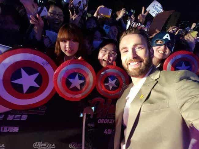 He Is Super-Positive And Suppo... is listed (or ranked) 4 on the list Proof Chris Evans Is Basically The Real-Life Captain America
