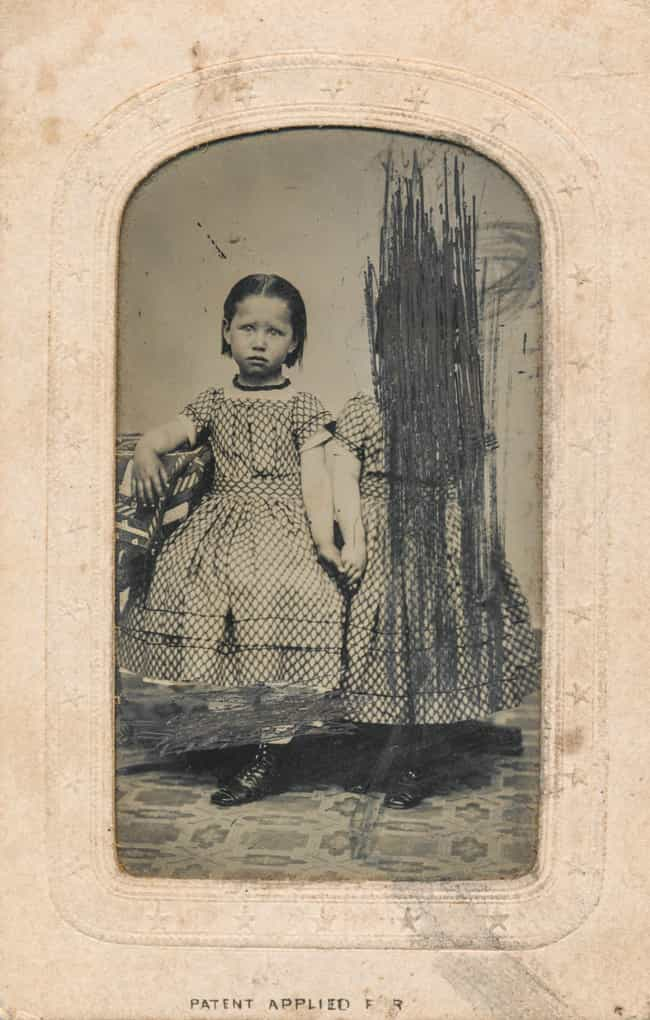 Sad Little Girl Holds Ha... is listed (or ranked) 4 on the list 45 Photos That Will Creep You Out But You Won't Understand Why